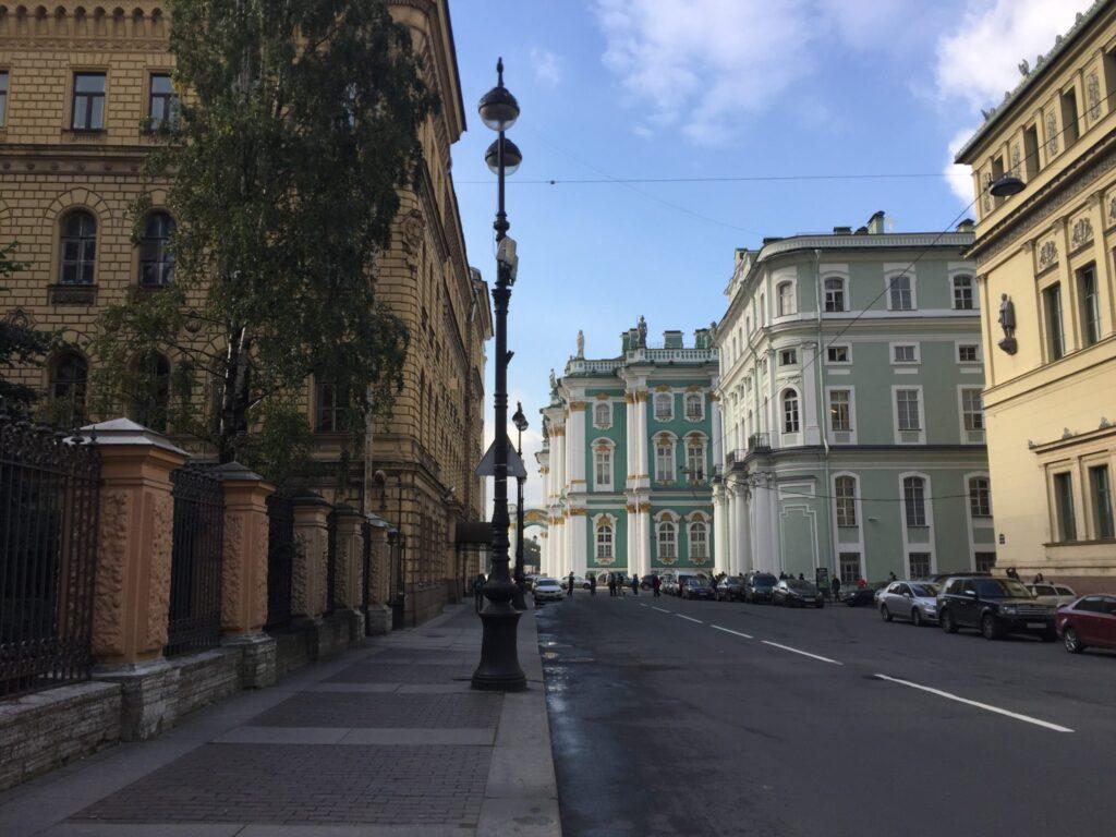 Экскурсия в Петербурге. Миллионная улица