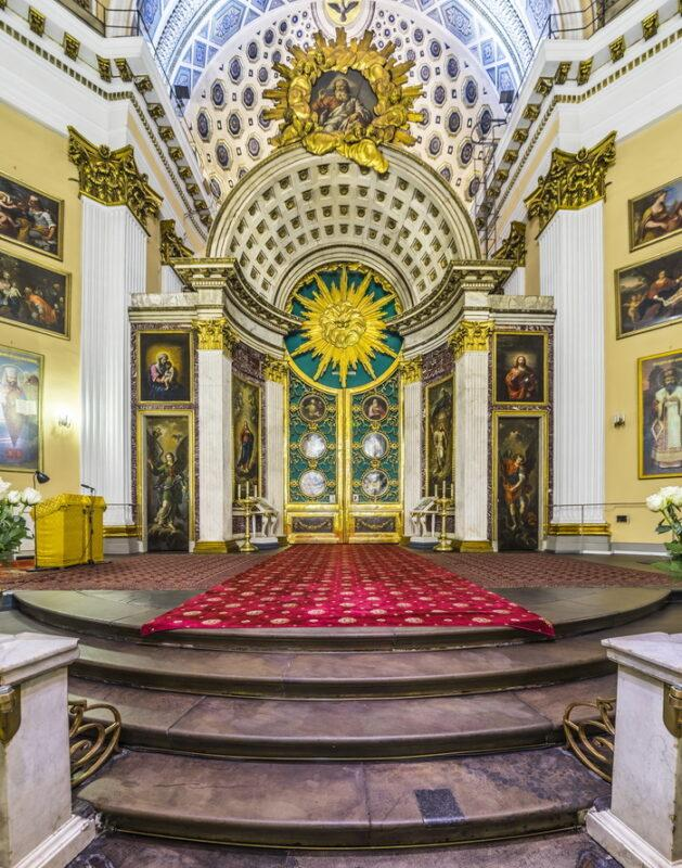 Троицкий собор в Александро-Невской лавре